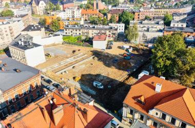Widok z lotu ptaka - Budowa parkingu na terenie po byłym Tarmilo