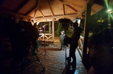 Cykl Just Do IT - z udziałem dzieci z Tarnowskich Gór. Nagrania nocą w altance