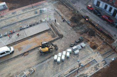 Budowa parkingu na ternie po byłym Tarmilo.