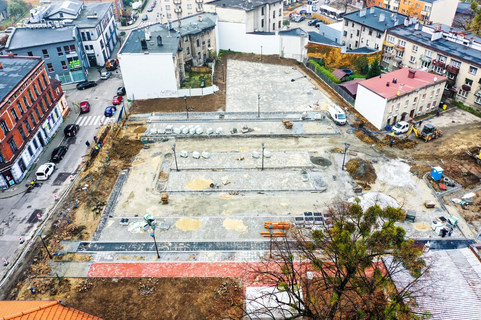 Budowa parkingu na ternie po byłym Tarmilo - widok z lotu ptaka