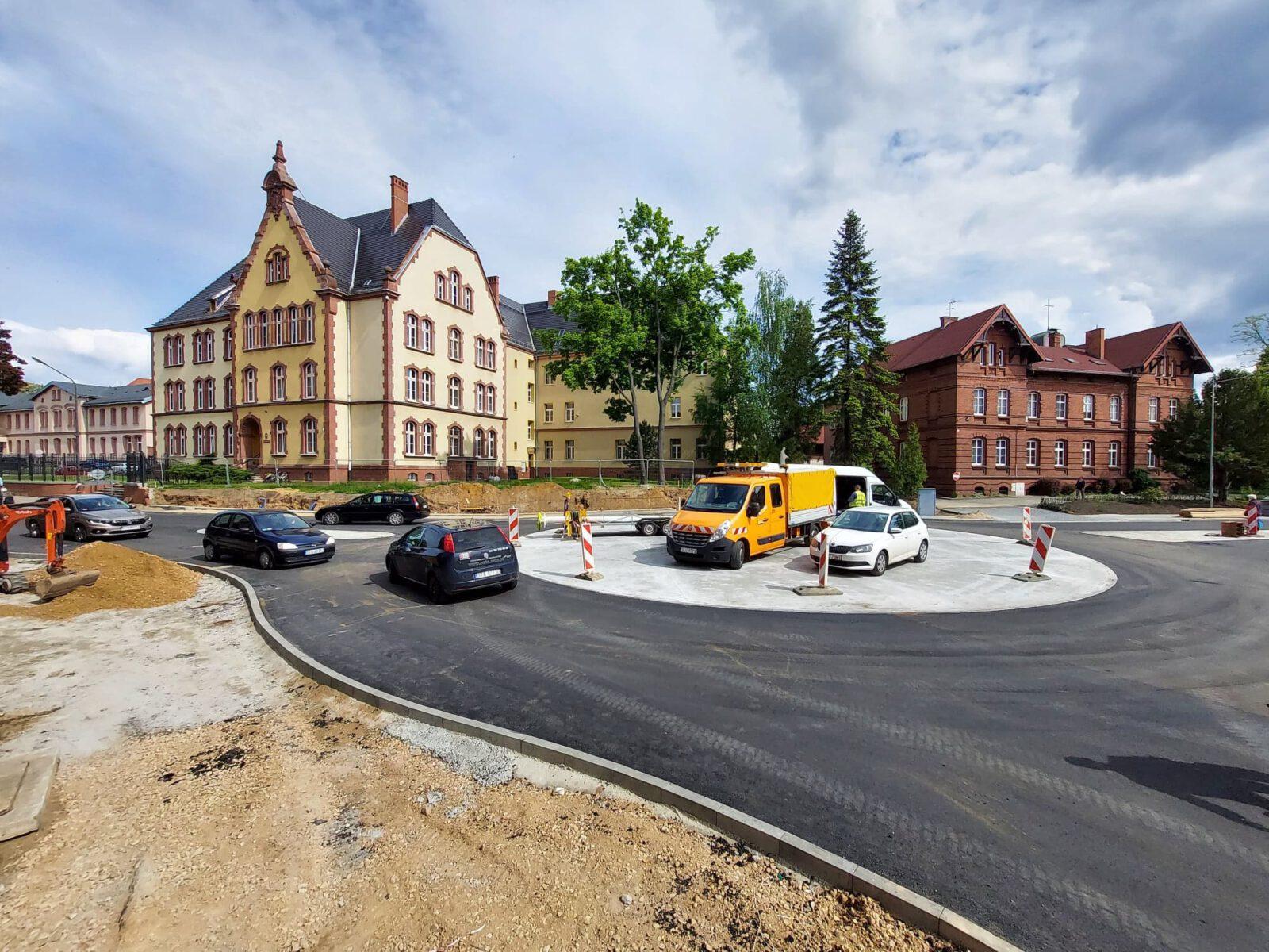 Otwarcie ronda i ulicy Powstańców Śląskich