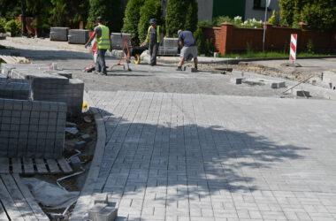 Kończenie przebudowy ostatniego odcinka ulicy Torowej